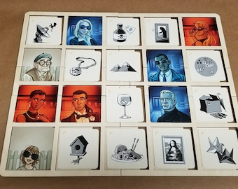 Wooden Organizer tray for use with Codenames Pictures