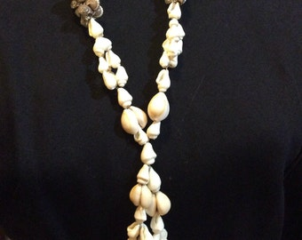 Set of two beaded Shell necklaces