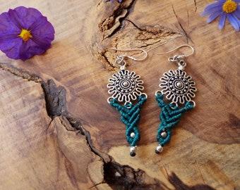 tribal earrings, macrame earrings, green blue earrings, silvery earrings, macrame jewelry, dangle & drop earrings, boho earrings, gypsy chic