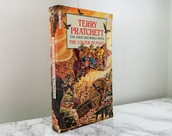 The Colour of Magic by Terry Pratchett    (Discworld #1)  Vintage 1986 Paperback