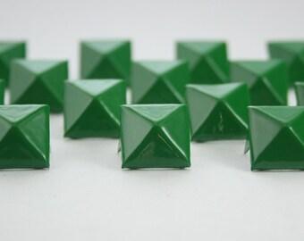 50 pcs. Green Pyramid Stud Biker Spikes spots nailheads 14 mm.