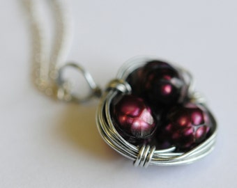 Red Faceted Pearl Bird's Nest Pendant / Necklace