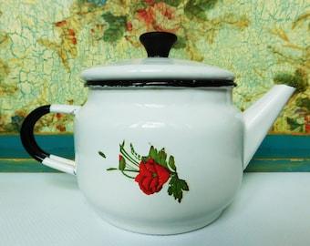 Small Vintage Enamel teapot 700 ml ( 23 fl.oz )