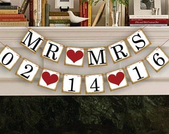 Mr Mrs Save The Date Banner - Wedding Photo Prop - Mr Mrs Save The Date Sign - Wedding Banner - Wedding Garland