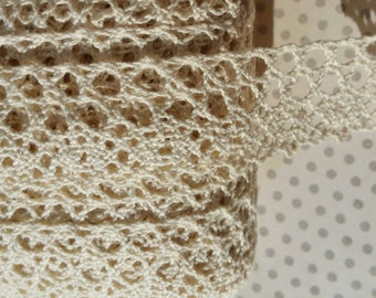 "Cream Cluny Lace - Oval Pattern Natural Torchon Crochet Trim - 1"" Wide"