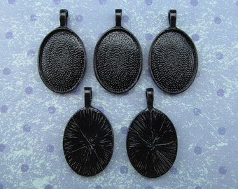 50 Pendant Trays 18x25mm - Dark Black Oval Trays - Vintage Antique Style Pendant Blanks Cameo Bezel Settings - 18 x 25 mm - 11/16 x 1""