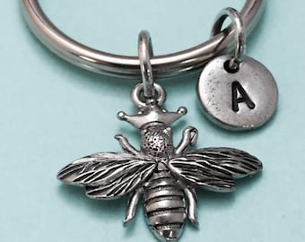Queen bee keychain, queen bee charm, bee keychain, personalized keychain, initial keychain, initial charm, customized keychain, monogram