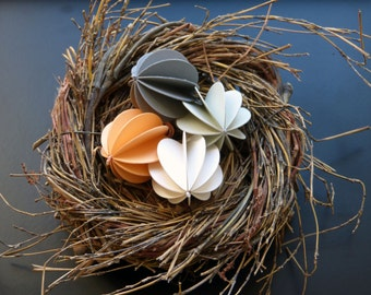4 paper balls spring 3 paper pendant