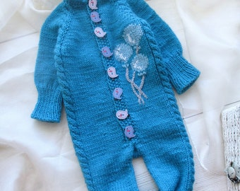 Wool newborn knitted Jumpsuit, Hand blue Knit Baby Jumpsuit. Baby Overall. Little sweater outfit, newborn overall, balloons hand embroidery