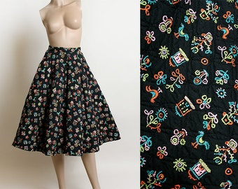 Vintage 1950s Full Circle Skirt - Novelty Print Quilted Skirt - Black Neon - Flower Bouquet House Chicken Rooster - Rockabilly - XS