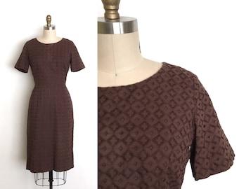 vintage 1950s dress   50s chocolate lace dress