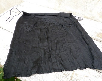 Vintage Antique French  1920s  full tiny pleated silk apron /regionalist/Sables d'Olonnes