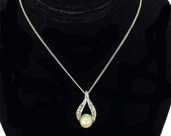 """Single Pearl on a 15"""" Sterling Silver chain, a Wedding Necklace"""