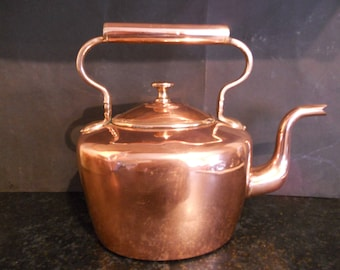 Benham and Froud Gentlemans Dovetailed Copper Two pint Tea Kettle. Circa 1840.