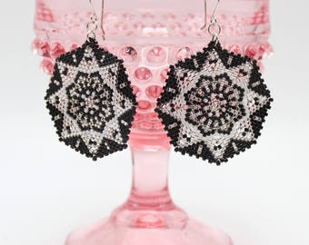 Statement earrings Black and Silver, seed bead earrings, Intricate earrings, beaded statement earrings, Beadwork earrings Star earrings