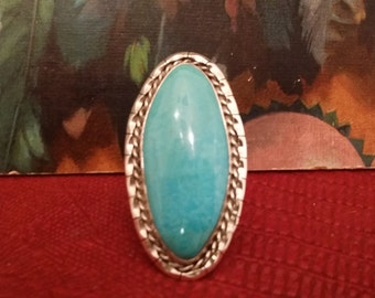 Vintage Turquoise Signed Native American Sterling Silver Ring with Design