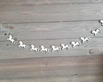 Unicorn Garland, 10 Piece Mini Wood Unicorns, Unicorn Theme Party, Unicorn Baby Shower, Unicorn Birthday Party, Gold Unicorn Theme