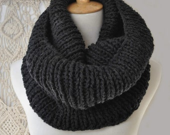 Womens cowl scarf, womans snood, Chunky knit scarf, Handknit cowl  Cowl neck scarf, 100% wool 18 colour choices