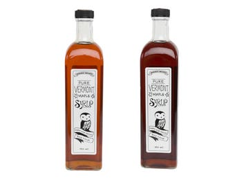 750ml Artisan Bottle of Grade A 100% Pure Vermont Maple Syrup.  Perfect as a Holiday Gift or for your own use.