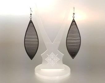 Leather Earrings // Laser Cut . Hand Dyed Black . Minimal . Lightweight // Terrabyte v.11_3 [2]