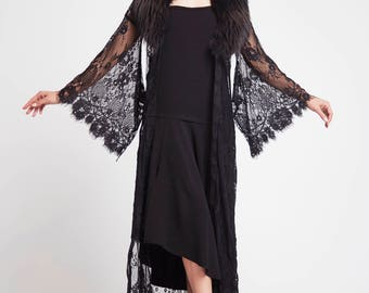 Lady Babini Lace Kimono
