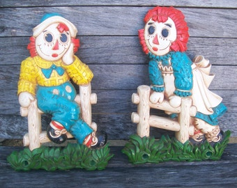 Vintage Raggedy Ann and Andy syroco wall plaques, Bobbs Merrill Co. 1977