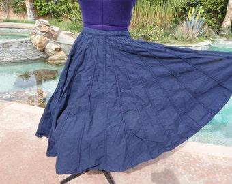 """Vintage 1950s skirt full circle navy blue S swing ballroom Egyptian 26"""" waist 28 1/2"""" length"""