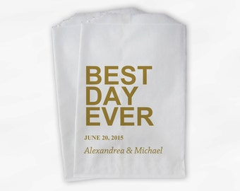Best Day Ever Wedding Candy Buffet Treat Bags - Gold Personalized Favor Bags with Names and Wedding Date - Custom Paper Bags (0064)
