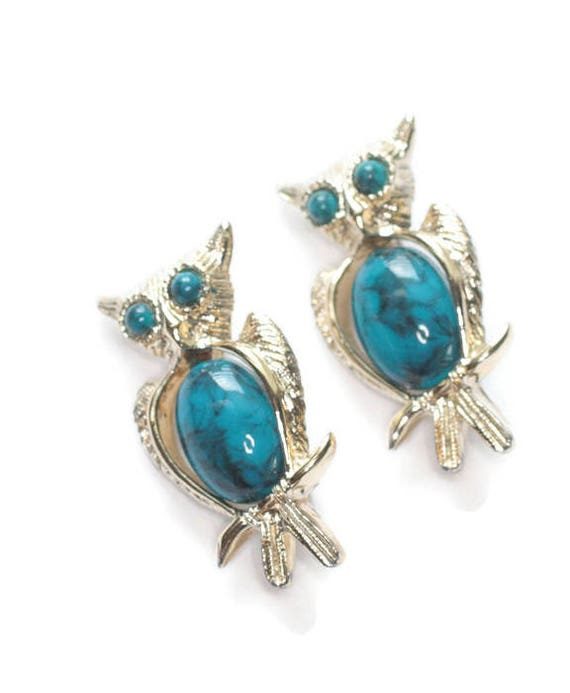 Two Owl Scatter Pins Faux Turquoise Tummy Eyes Gold Tone Vintage Set