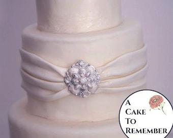 Art deco DIY wedding cake edible brooch, wedding cake brooch, edible diamond, edible jewel, edible cake jewels,  sugar gems, gumpaste brooch