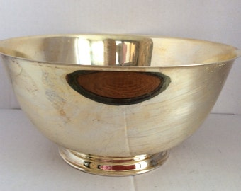 """Vintage """"Paul Revere"""" Reproduction 10"""" Footed Bowl by Oneida"""