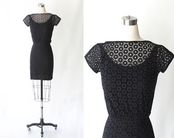 1950s I. Magnin Eyelet Cotton Dress // 50s Vintage Embroidered Cap Sleeve Boat Neck Mini Dress // XS - Small