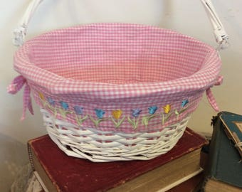 Vintage White Lined Wicker Basket with Tulips Flower Pink Gingham Country Cottage Decor Wedding Table Decor Easter Basket