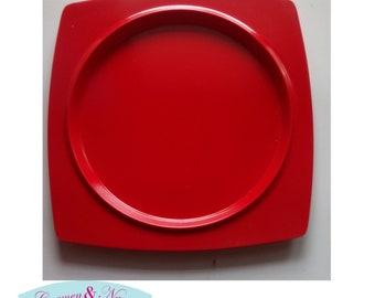 Red melamine dishes. Red melamine plates