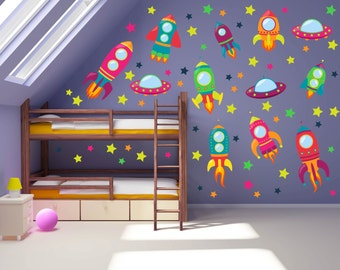 Space theme wall decals outer space room alien wall decals for Outer space childrens decor