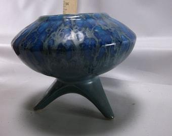 Vintage Mid-Century Retro 1960's U F O Blue Drip Glaze Ceramic Planter.epsteam