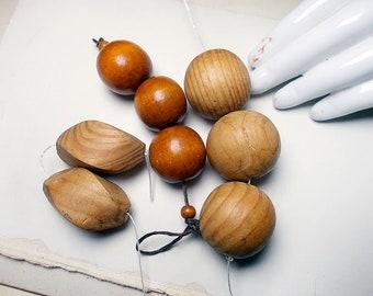 Vintage Rustic Wood Beads - 7 Earthy Extra Large Beads - Chunky Neutral Organic - Wood Grain, Light, Medium Brown - Vintage Salvaged Harvest