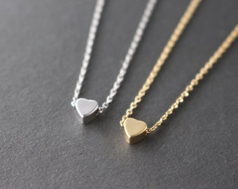Tiny Heart necklace - Silver or Gold
