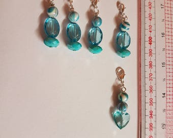 6 blue crochet/ knitting stitch markers, charms