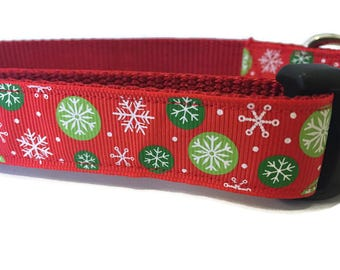 Christmas Dog Collar, Red Snowflakes,  adjustable, 1 inch, medium, 15-22 inches, heavy nylon, quick release buckle