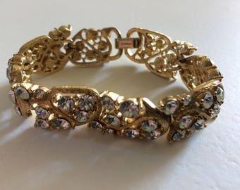LISNER Gorgeous Rhinestone & Gold Metal Bracelet