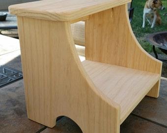 Wood Shaker Step Stool