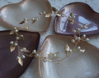 Gold leaf & ivory pearl bridal hair vine, beautiful bohemian bridal headpiece wedding hair accessory, wedding hair wreath/hairband,