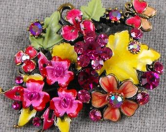 Vintage Enameled Flower Bouquet Brooch