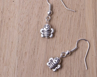 Bee earrings - Small silver bee earrings | Happy Smiling Cute bee jewellery - insect earrings | Bee lover gift | Little dangle earrings