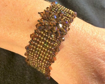 NO 83 Hand woven Crystal and Glass beaded Bracelet