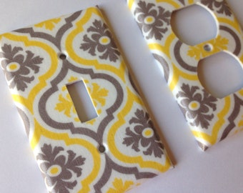 Yellow Gray Moroccan Quatrefoil Single Light Switch Cover / Yellow Home Decor / Yellow Bathroom Decor / Grey Yellow Decor / Yellow Nursery