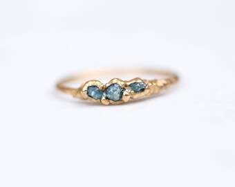 Triple Raw Blue Diamond Ring, Gold Raw Diamond Ring, April Birthstone Ring, Dainty Ring, Raw Stone Ring, Raw Crystal Ring, Rough Diamond