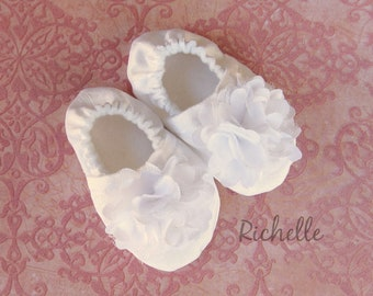 White Flower Baby Girl Shoes, Baptism Outfit, Girl Blessing Shoes, Christening Soft Sole Shoes, Special Occasion Dressy Silky Infant Toddler