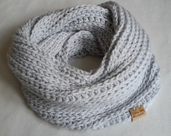 Infinity Scarf, cowl, Grey Scarf, Grey Cowl, Crochet Chunky Scarf, Crochet Cowl, Neck Warmer, Scarf, Gifts for Women, Gifts for Her